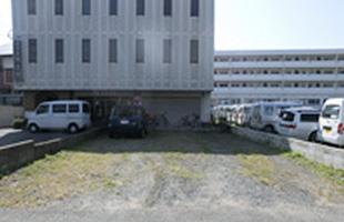 前原西1丁目月極駐車場